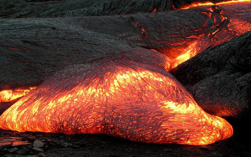 15 minuti per sapere da dove uscira' la lava di un vulcano in eruzione