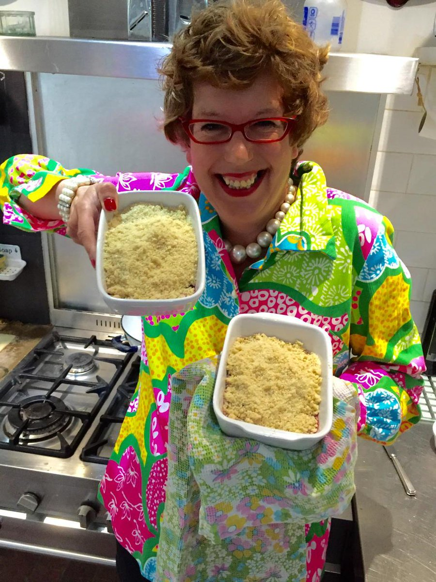 GETTING READY for @BGT final with TWO crumbles!  @davidwalliams Fancy popping round after?! http://t.co/4eABTfmBpj