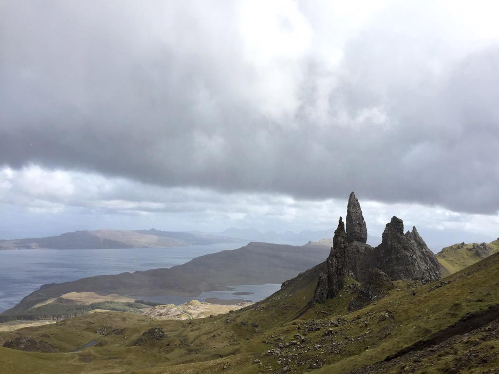 "Climbing to the top of ""Old Man of Storr"" with 4 cameras & an 70-200 lens strapped to back was totally worth it http://t.co/9NOWyQQCu7"