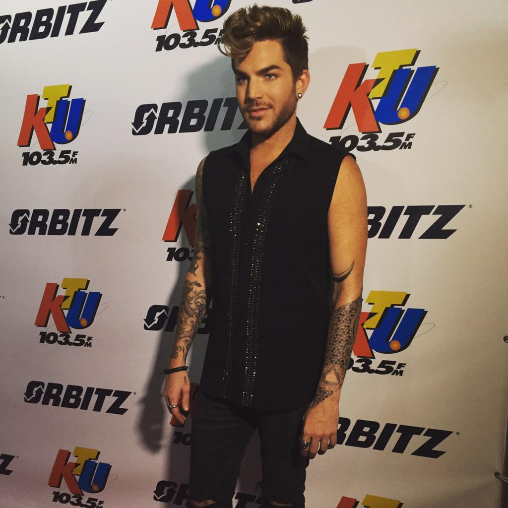 Wow @adamlambert looking hot #KTUphoria @1035KTU #adamlambert http://t.co/3qbIzrxpbq