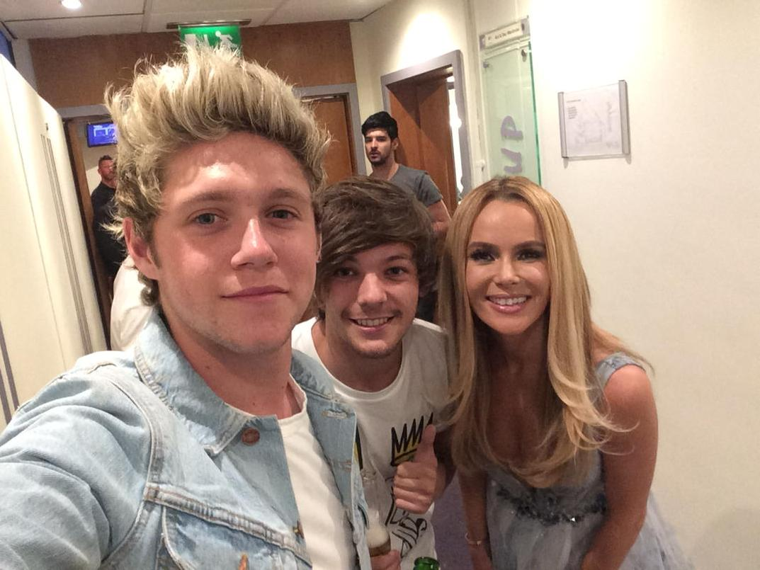 Finally two Prince Charmings turn up at once! @onedirection @NiallOfficial @Louis_Tomlinson @BGT http://t.co/sGtYzEoBRa