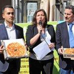 RT @corrmezzogiorno: #specialeregionali Risultato storico per il #M5s campano. #DiMaio: grande risultato