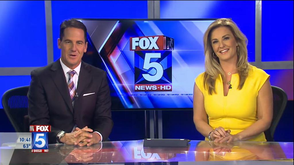 Putting the End on the weekend with @fox5sandiego @Mishadibono and @BradFOX5 http://t.co/rt14Q57KJm