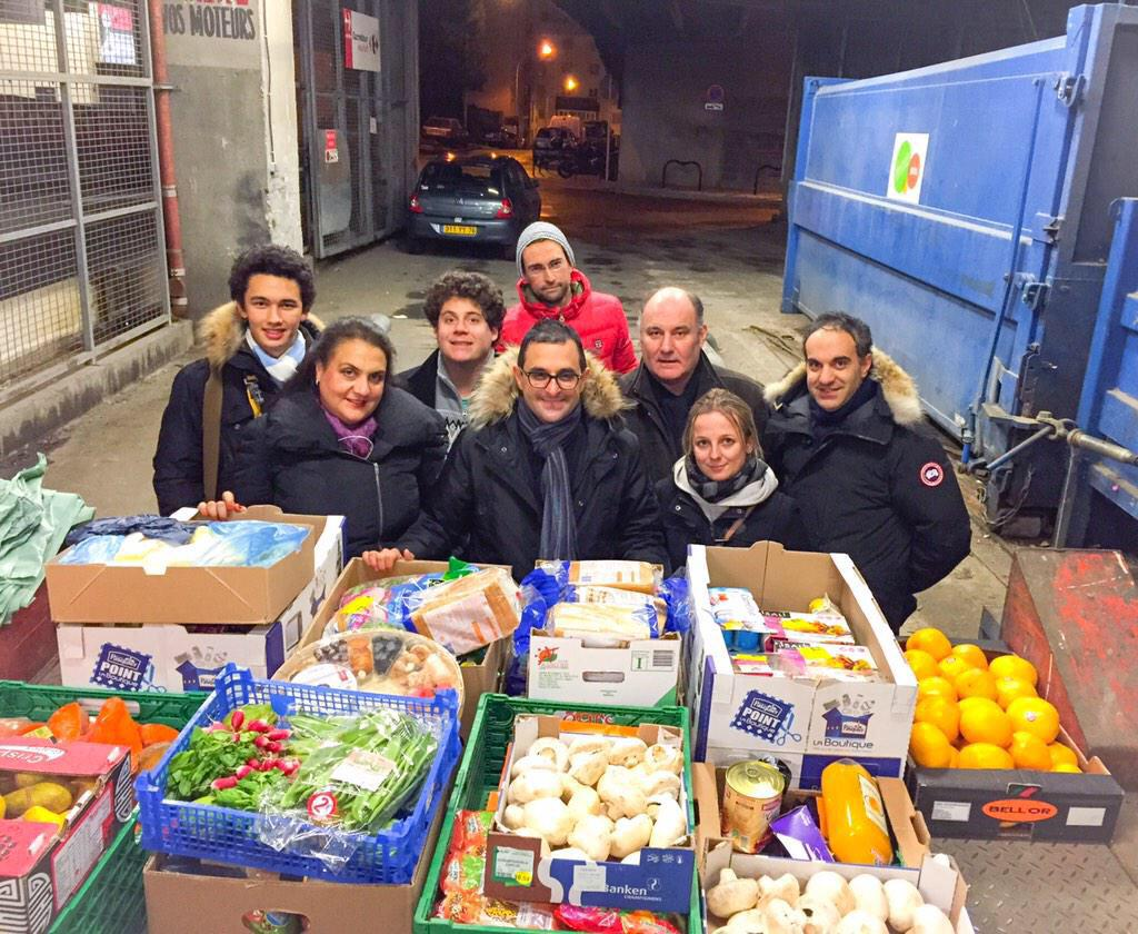 Taliansko mení zákon, aby obchody rozdali nepredané jedlo potrebným