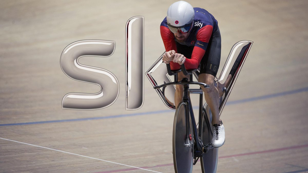 FOTO Wiggins tenta il record dell'ora in diretta streaming su Sky e Rojadirecta