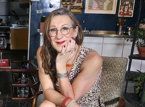 'Transando com Laerte' estreia amanhã com participação de Marisa Orth. http://t.co/SGWlxpAWuN