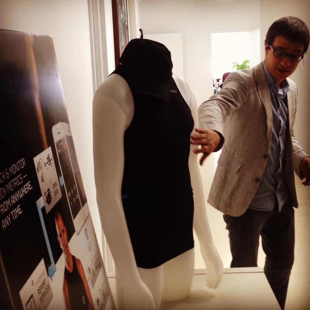 #50PMtlNYC - meet w/ @Hexoskin @pafournier - One of biggest smart clothings seller worldwide. #wearables #bigdata http://t.co/UKDySriOxx