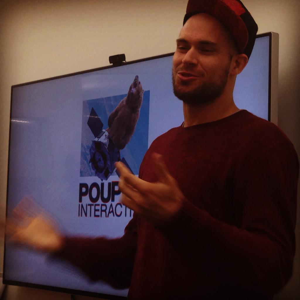 #50PMtlNYC - meet w/ @PouPouInt slovenian team accelerated by @ExecutionLabs - gamification of big Data analytics http://t.co/BzPN2XJBrO