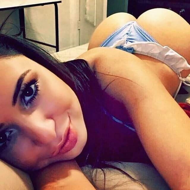 Lyla dee naked pussy pic