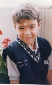 ¡Ternuritaaaa! @mariobautista_ cuando tenía 4 años y estudiaba en el kinder. #RetoBécalos http://t.co/2bt9tcEKSV