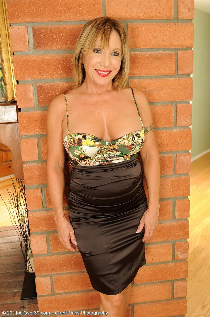 witter milf women For the most up-to-date information, check our blog, or sign up for the weekly  heroes hotline newsletter you can also follow us on twitter and facebook.