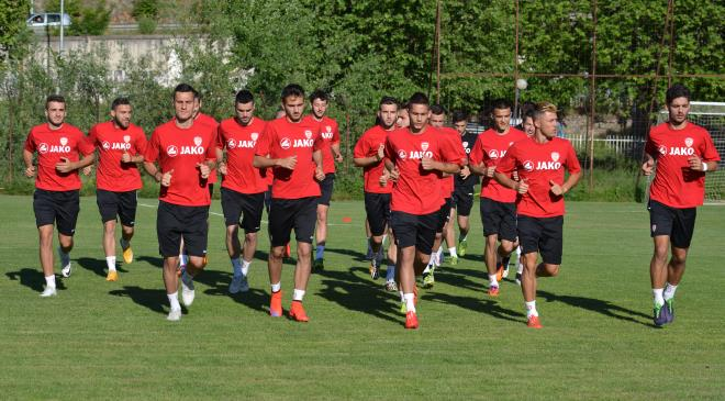 Players work on conditioning at Wednesday's training; photo: ohridnews.com