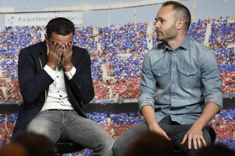 """Xavi """"roto de emoción"""" ante las palabras de los capitanes del FC Barcelona"""