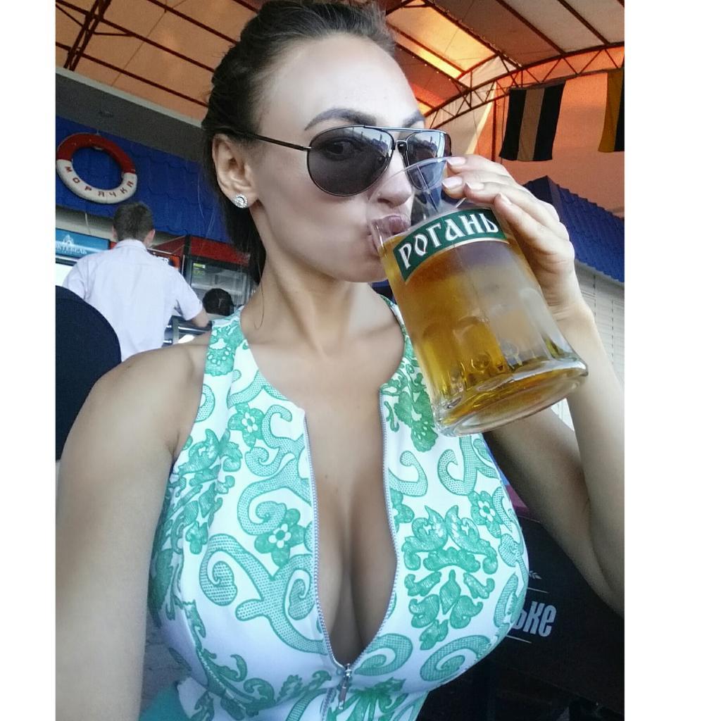 Iryna Ivanova-playboy  - Пиво 🍺🍺🍺 twitter @IrynaIvanova playmate,russian,crimea,selfie,humpday