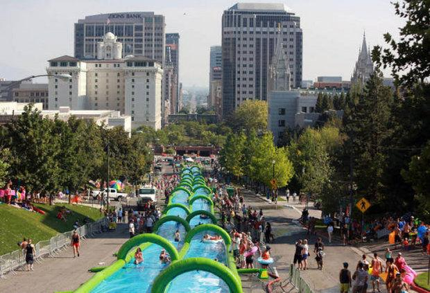 ICYMI: 600-foot water slide coming to #AnnArbor this summer  http://t.co/ChDlV3h3PN http://t.co/h8vxdL3AL6