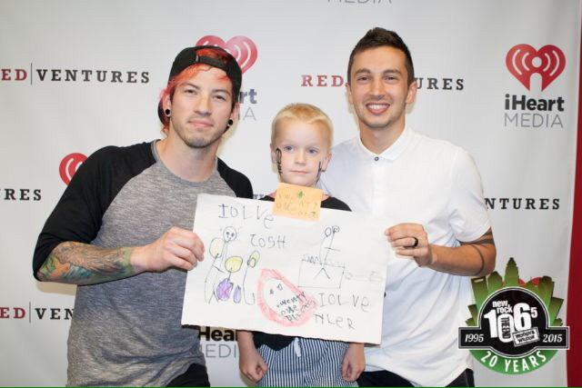 Twenty one updated on twitter twenty one pilots meet and greet for twenty one updated on twitter twenty one pilots meet and greet for 1065 the end on june 2 2015 httptjjukzl1sgg m4hsunfo Image collections