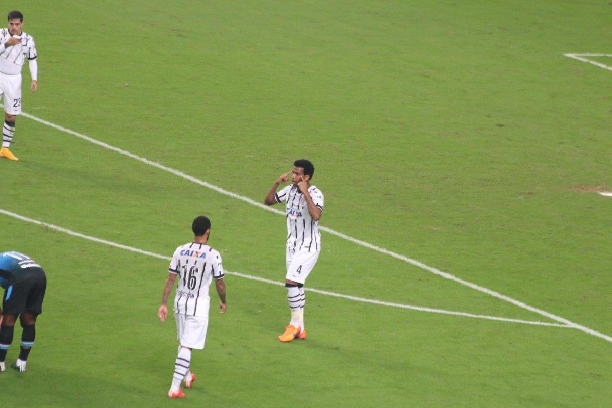 Grêmio x Corinthians - Campeonato Brasileiro 2015 - globoesporte.com df4c58b002ef7