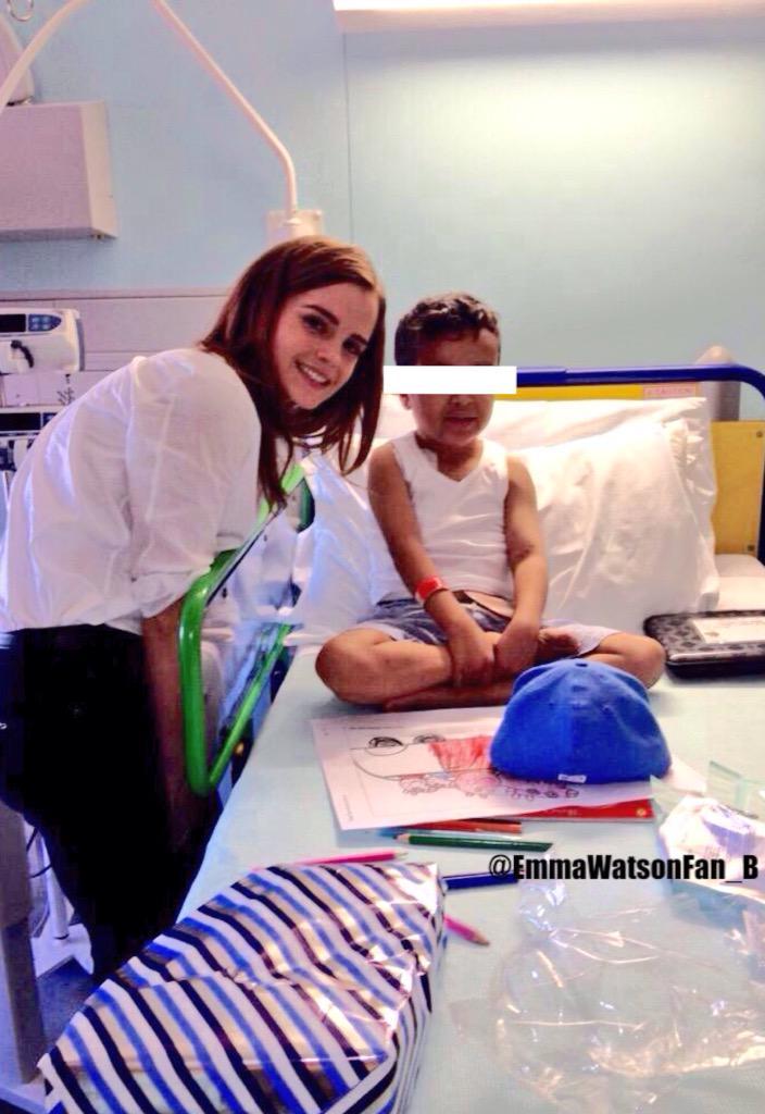 Emma Watson On Twitter Emma Watson Visited Kids At The Great Ormond Street Hospital June 04 2015 Http T Co 8f690vfti4