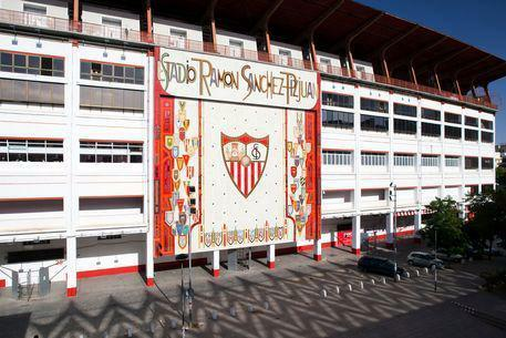 Sevilla Fc Pa Twitter The Stadium Tours Will Not Be Operating During The Summer On Account Of The Renovation Work Being Done On The Stadium Http T Co Ke4ccnikdb