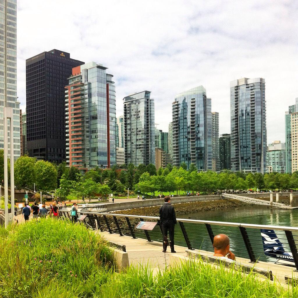 Cycle touring Vancouver's waterfront - between the skyscrapers and the sea #ExploreCanada #ExploreBC http://t.co/bjJbVRv8zT