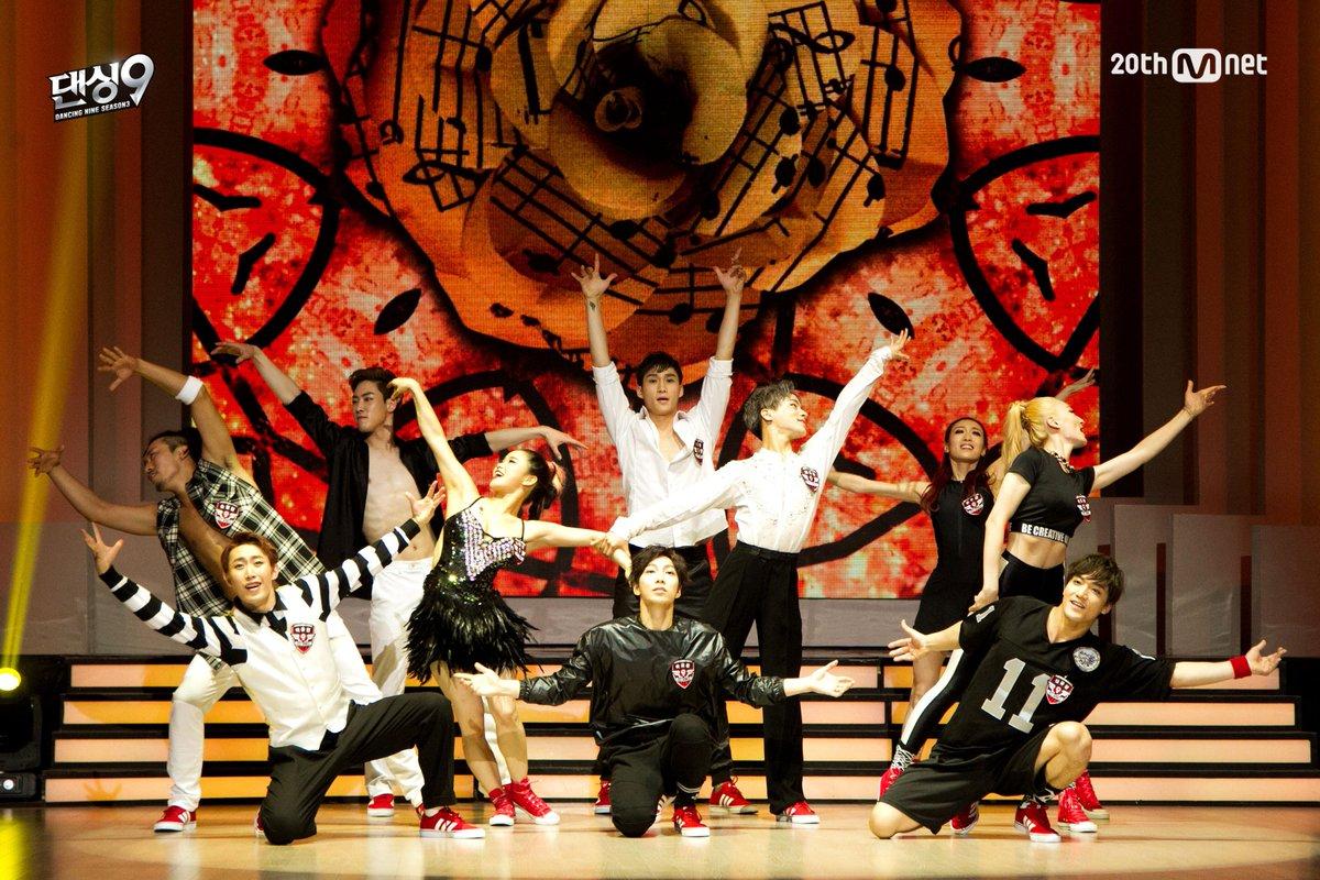 [#댄싱9시즌3]7차전 파이널매치! <5라운드> #레드윙즈 단체무대! 그 동안 레드윙즈를 사랑해 주신 팬분들에게 전하는 레드윙즈의 메시지! 오늘 밤 11시 Mnet 댄싱9 시즌3 결승전! 본방사수! http://t.co/jq7vVCYBgZ
