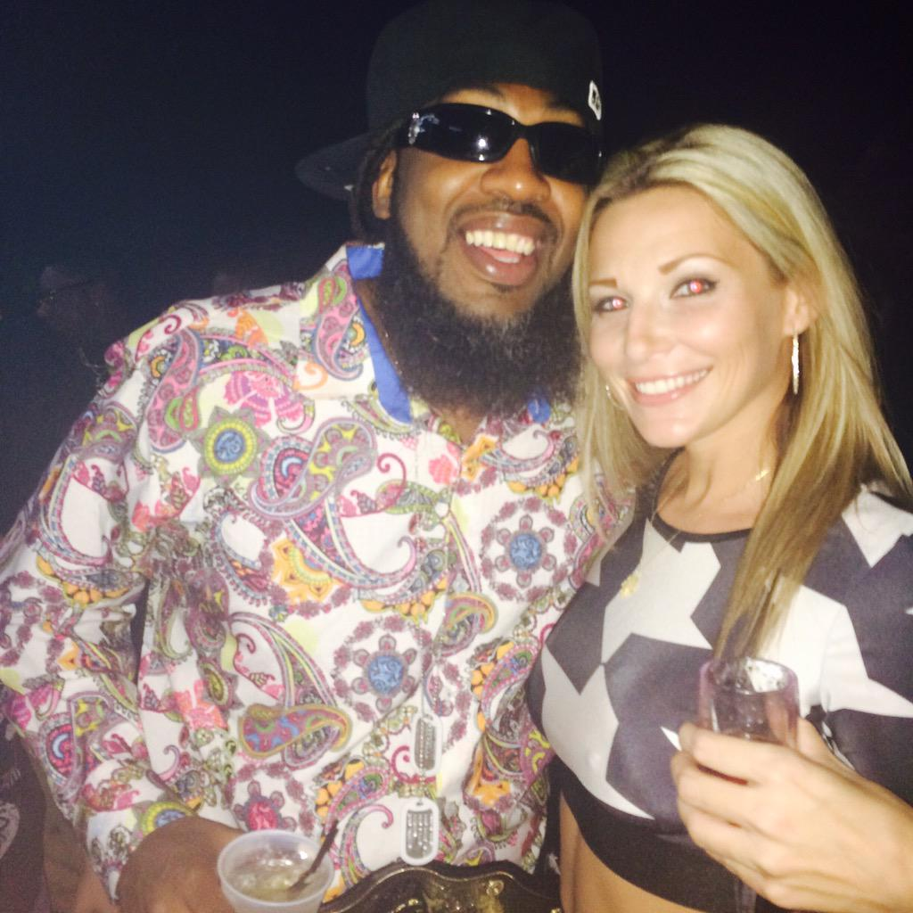 Skye was too turnt shout out to Pastor Troy for shutting it down with my bro Rayza