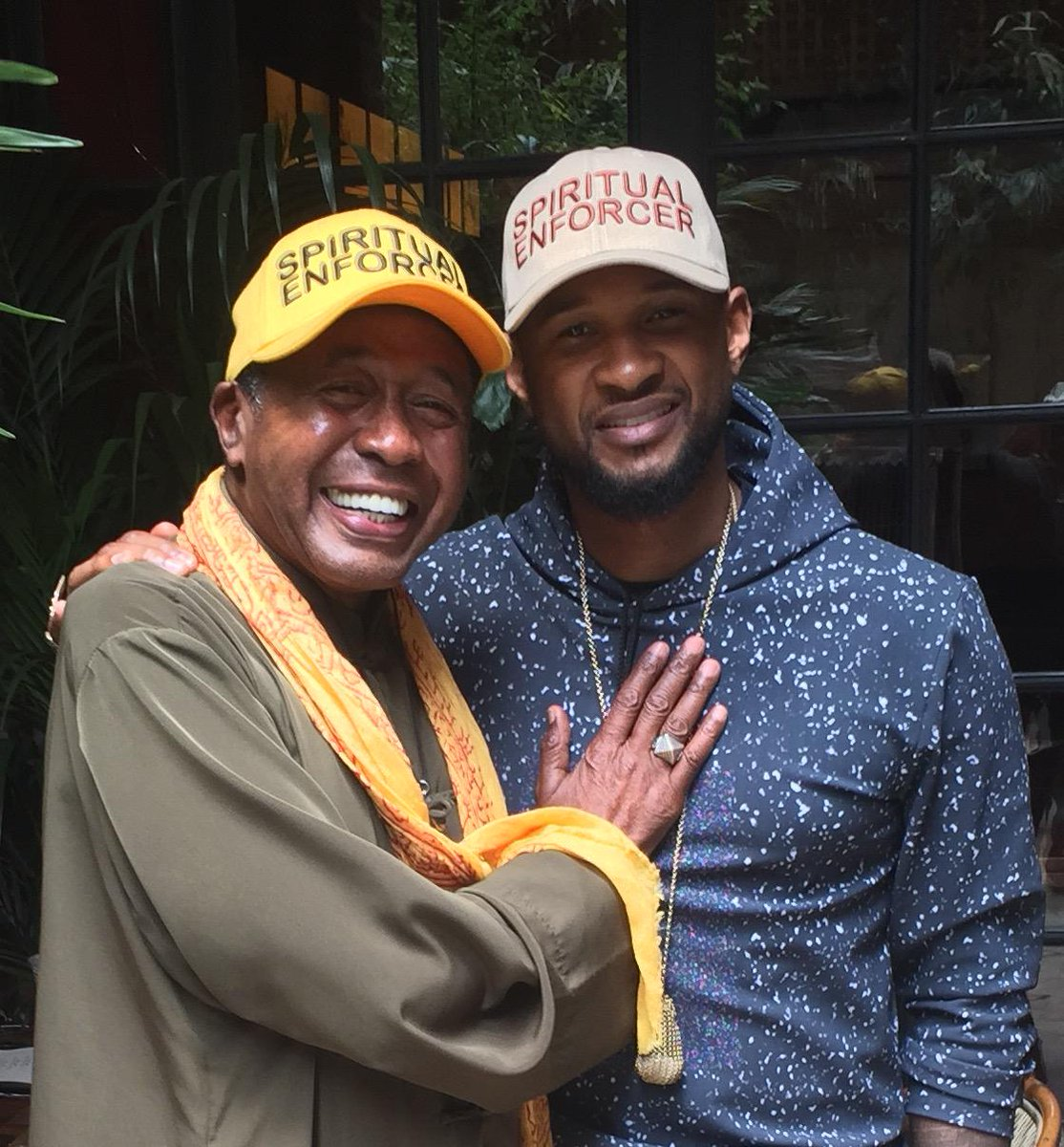 With my Godson @Usher #SpiritualEnforcer http://t.co/Y3MS8QaCmr