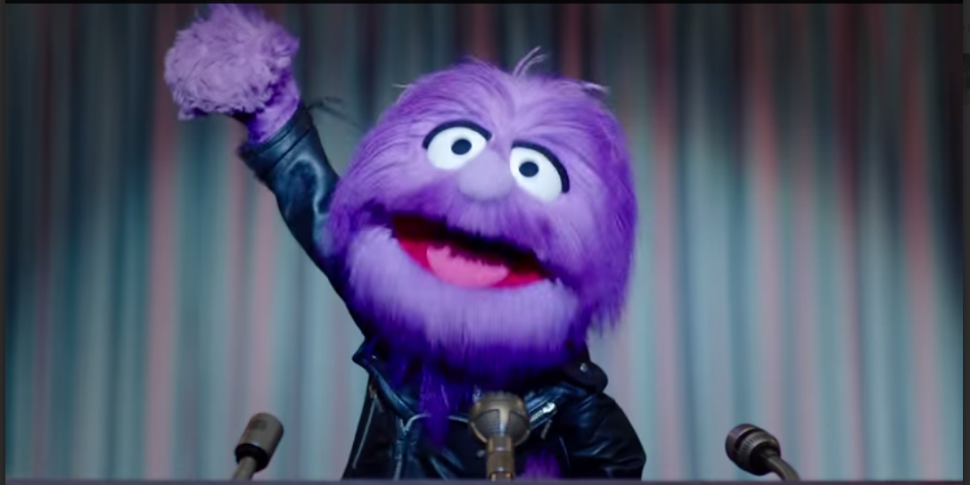 The revolution is here, my friends. And it's fluffy. #makeitright @ThreeUK https://t.co/snStSZe7Je http://t.co/YLh7iLGJQw