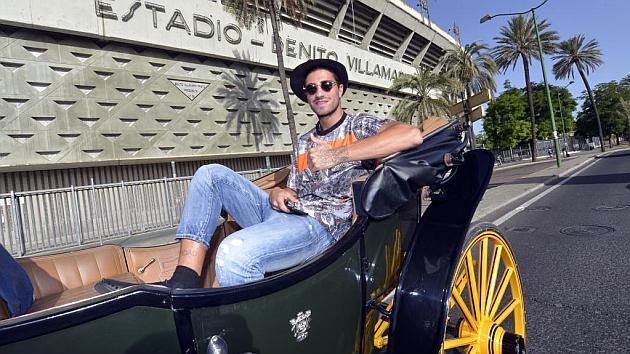 Piccini cumple su promesa tras el ascenso y va a entrenar en coche de caballos