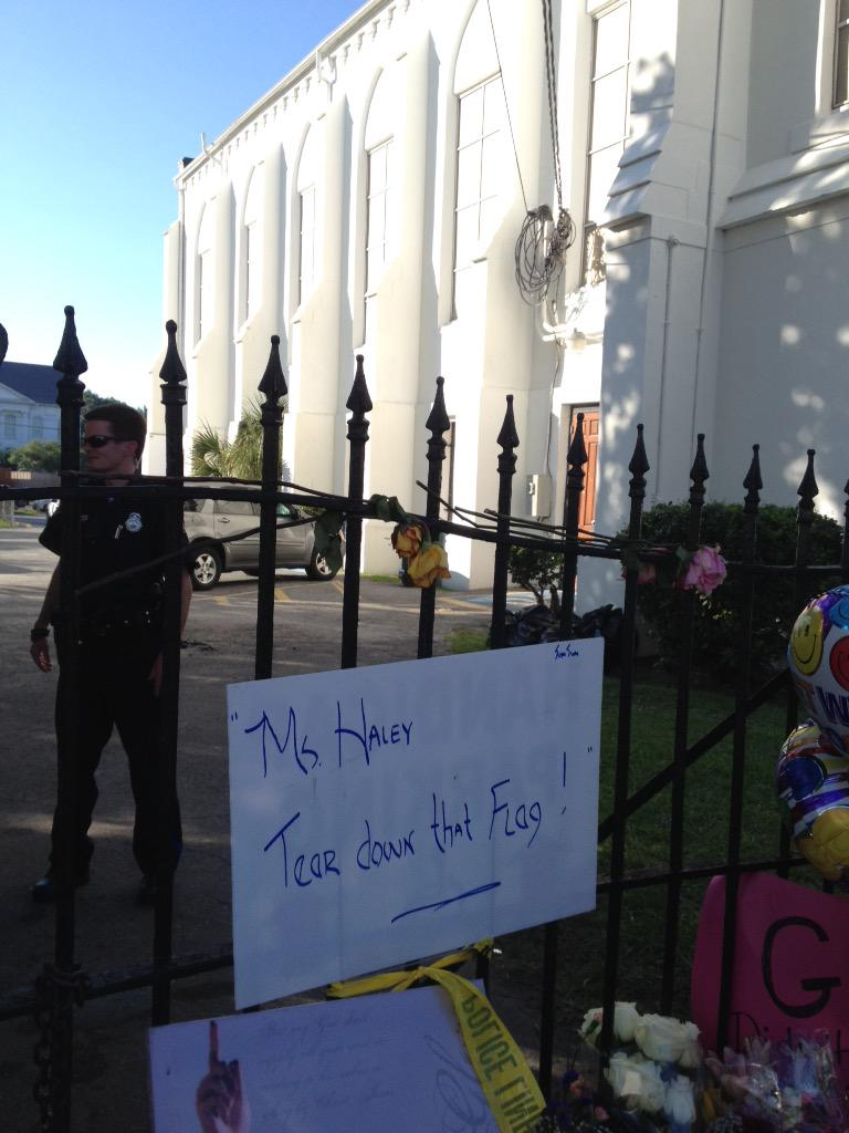 Nine People Killed in Charleston Church Shooting; Massacre Suspect Dylann Storm Roof Arrested CH-r1qqW8AgCIhe