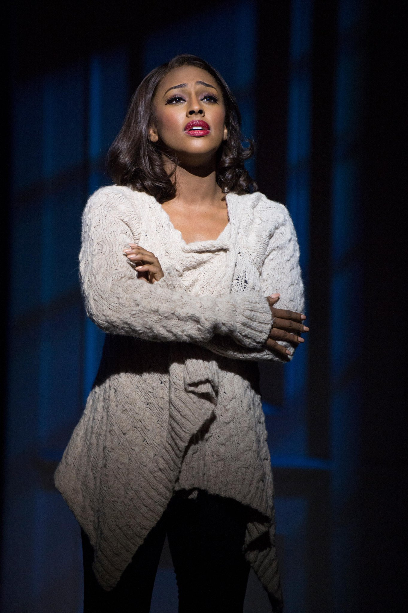 RT @TheBodyguardUK: Check out @ArtsSceneWales review of @alexandramusic and #TheBodyguardTour cast at @theCentre: http://t.co/bgiZ1W3kEY h…