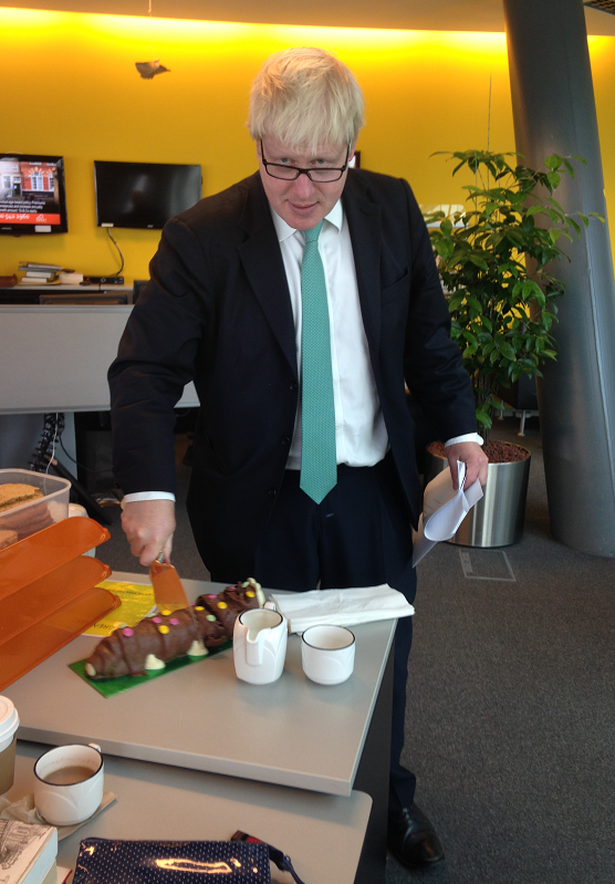 Many thanks for the birthday wishes and thanks to the team at City Hall for the delicious cake! http://t.co/fXPOiyK1rc
