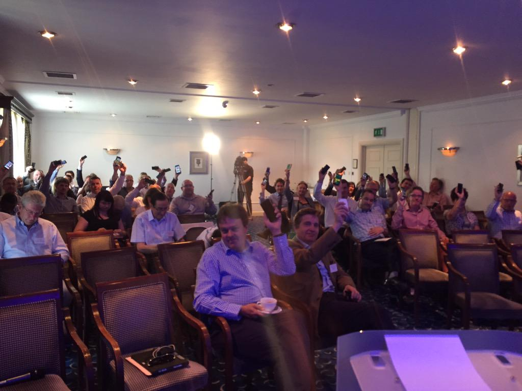 Hands in the air @ #bdiaconference http://t.co/Z6VVBH72iF