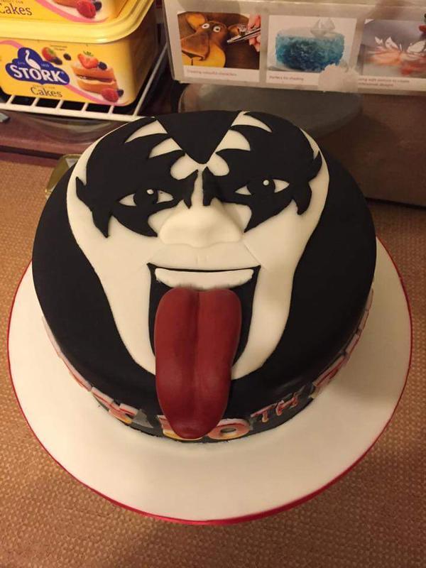 Kiss On Twitter Happy Birthday Daniel Great Cake Rtclaremolloy