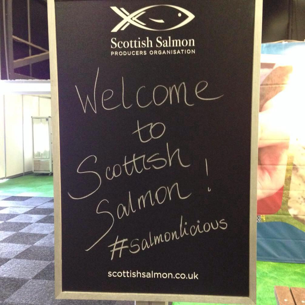 Early start, on my way to @ScotlandRHShow to cook & talk #scottishsalmon with @ptfss @lovescotsalmon #RHS2015 http://t.co/mNxEpVO46I