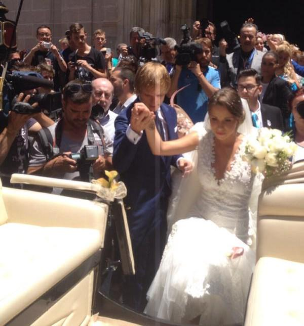 Rakitic weds Raquel