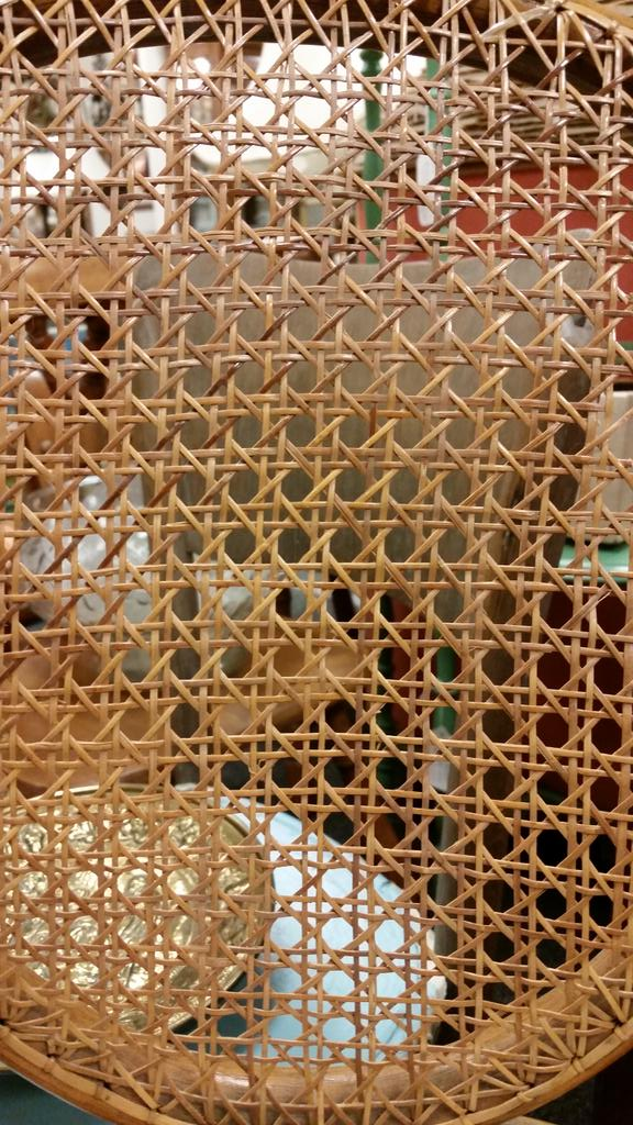 #mathphoto15 #tiles wicker chair http://t.co/bU5zFWMScj
