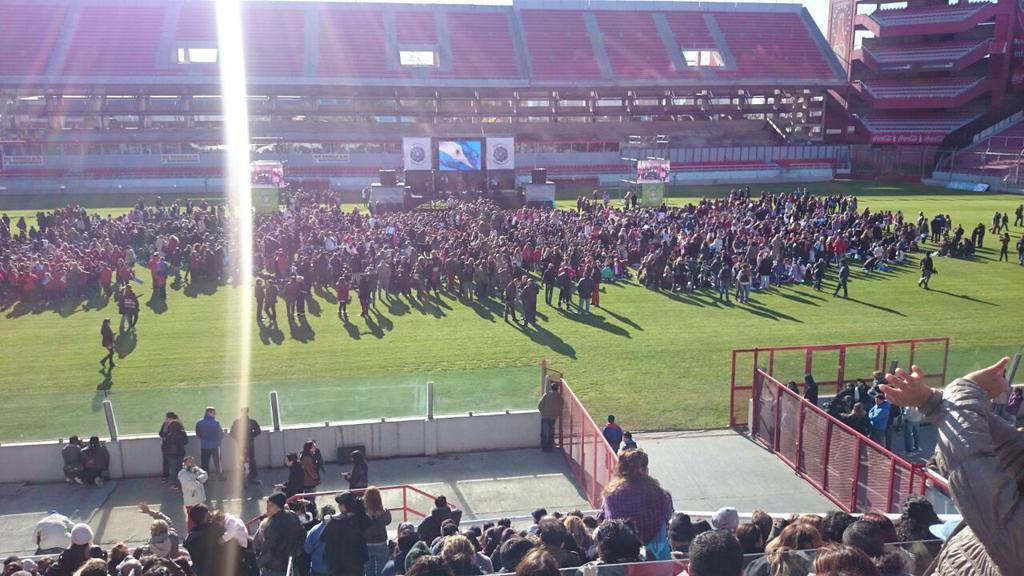 Día de la bandera en Independiente