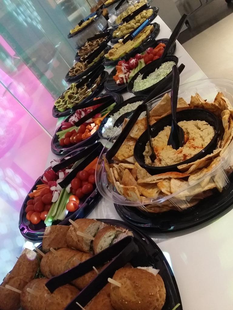 Amazing selection of food at the @Geneia #JoyofMedicine Pitch-off @MATTERChicago! http://t.co/jIl0kQm55m