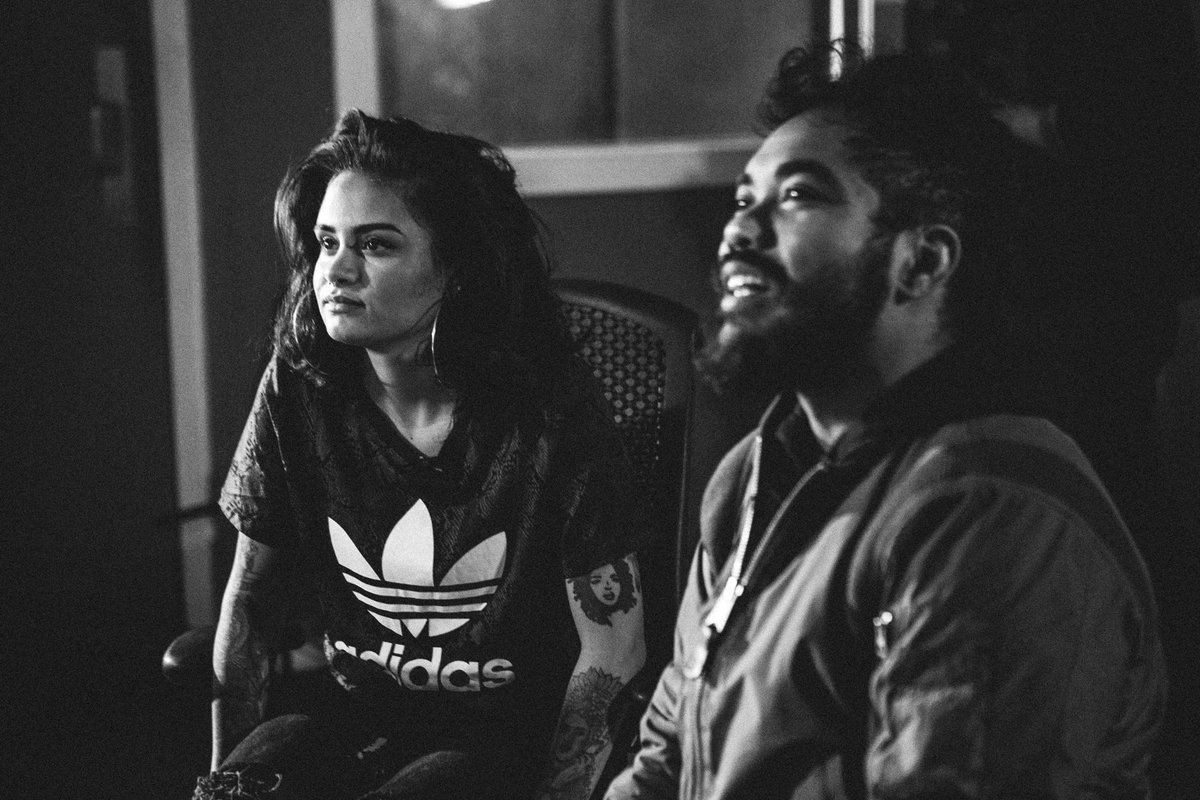 We got another one! Watch @kehlanimusic x @mrcarmack crush our latest @adidasoriginals http://t.co/Huwv8Xarme http://t.co/PONtnt3Szm
