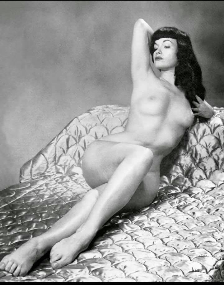 Bettie Page Nude Fuck Pics