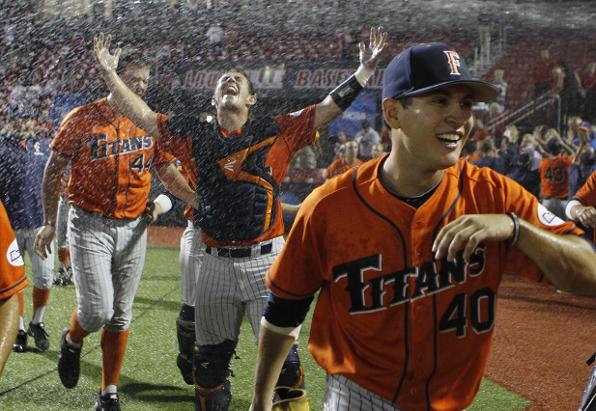 Omaha Bound! Titans outlast Cardinals, 4-3 - #CSUF  Athletics - http://t.co/Qv0qtGUUG1 #tusksup #cws2015 http://t.co/vCIqRED9pn