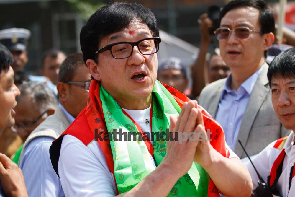 Actor Jackie Chan distributes relief to differently-abled people in Lalitpur (Photo feature) http://t.co/4kbfxidKmL http://t.co/fwSvHMWJz7