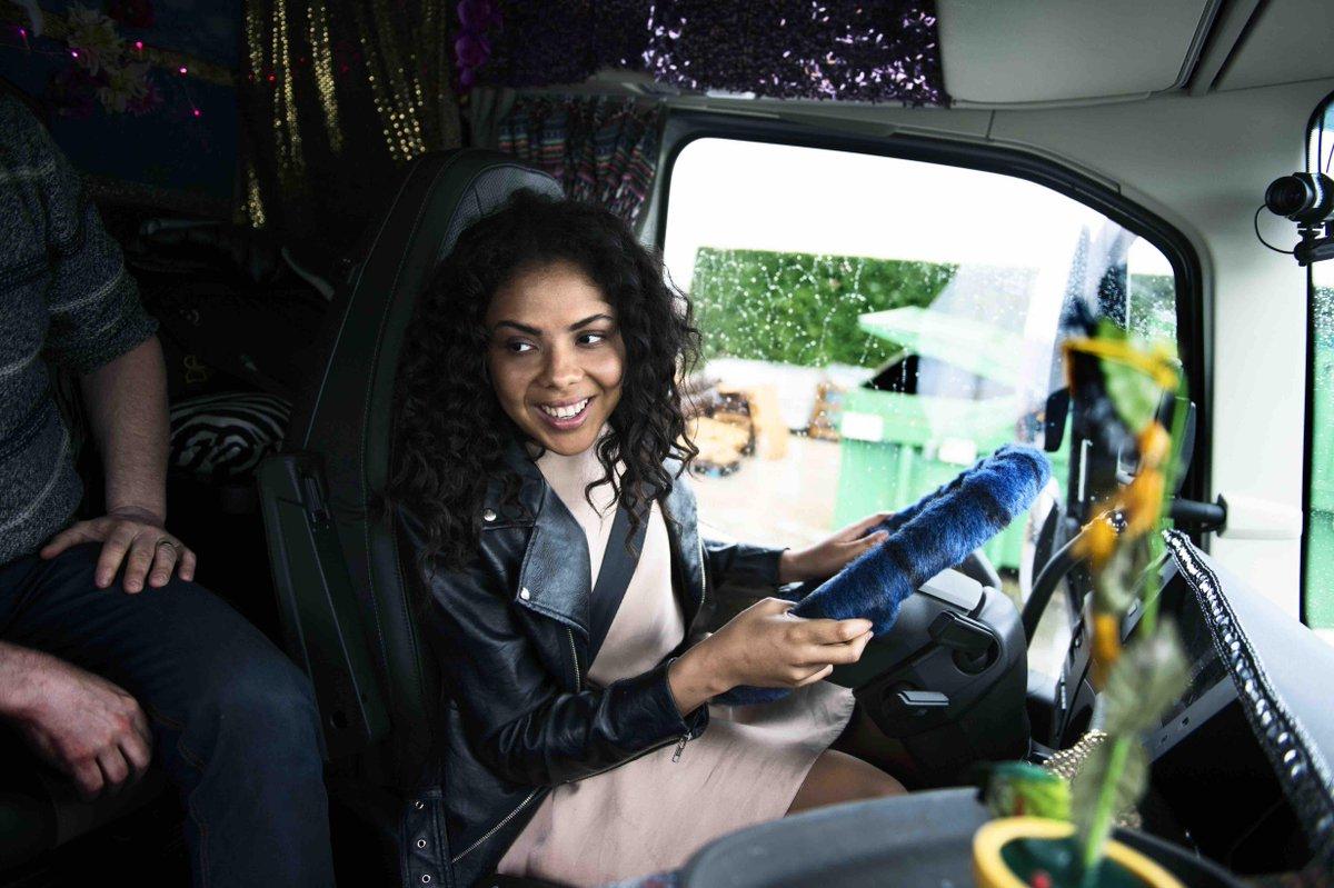 """FOTO VIDEO Volvo Trucks Reality televisivo: Mapei scopre la vita """"on the road"""""""