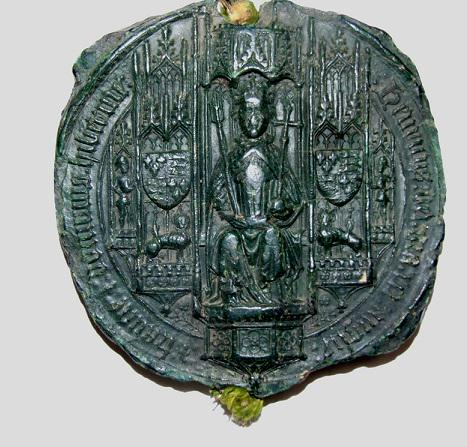 Sneaky peak at a 15th century great seal in our #Lacock collection, which is still currently being catalogued #IAD15 http://t.co/XdnC4v6Bnk