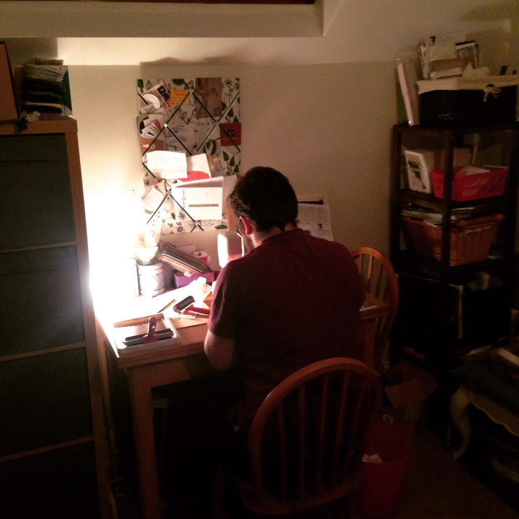 @folksy I built myself a little attic studio...I never leave it ;) #folksyhour http://t.co/BKeOBwXne5