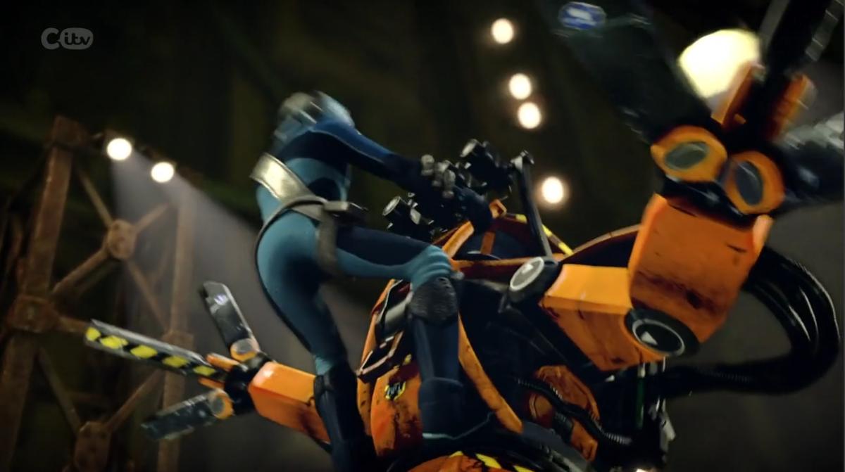 ThunderBirds are go(2015)に出てくる雑魚パワーローダーのデザインが鉄板のカッコよさでよだれ出る…。