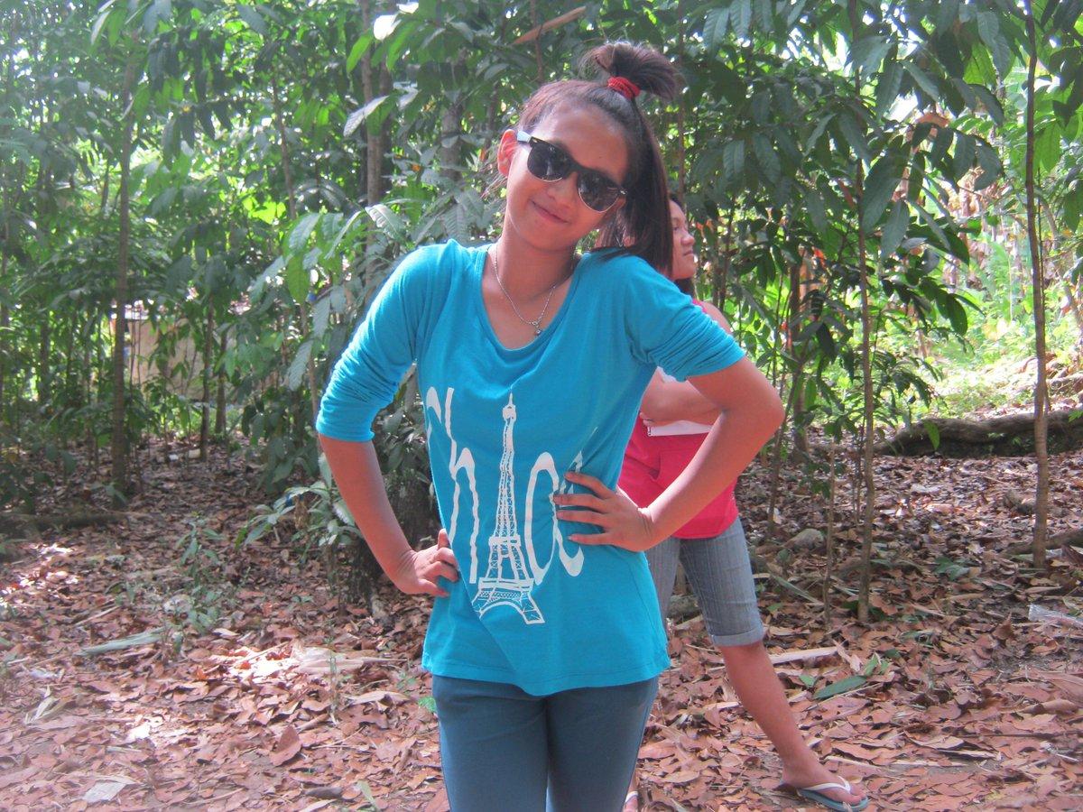Reyna Mae Nude Photos 2