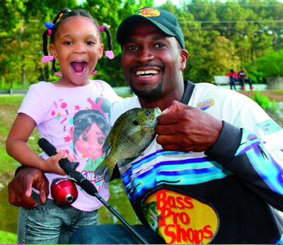 Bass Pro Shops Launches Gone Fishing Program for Kids: http://t.co/lynWaY9c0Q #Fishie http://t.co/sfBsMHJpF8