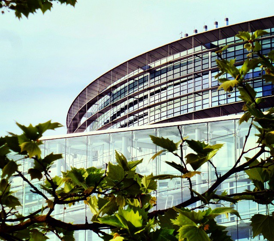 Final day at #EPlenary: MEPs discuss #Pa...